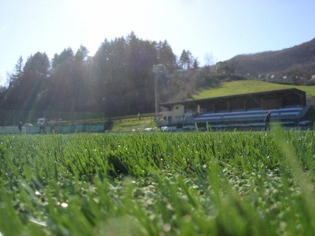 Erba sintetica per impianti sportivi outdoor di Green Power Service