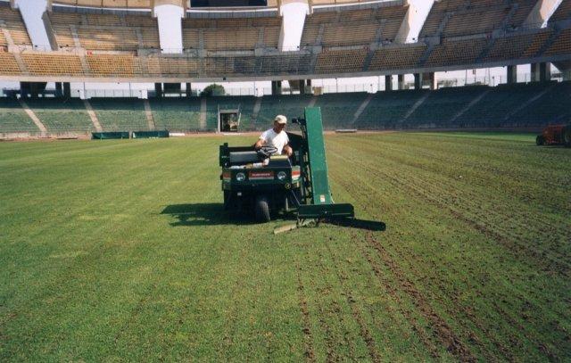 Rigenerazione prato in erba per impianti sportivi di Green Power Service